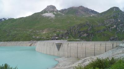 232 CH Moiry barrage (Val d'Anniviers).jpg